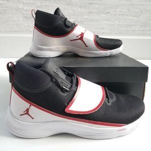 New JORDAN Super.Fly 5 PO Sneakers